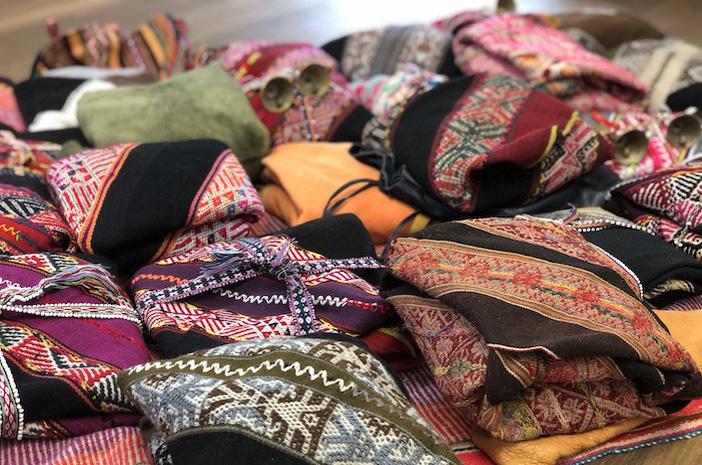 Handgewebte Decken der Q'eros (Misha, Mesa, Mestana) aus den Hochanden von Peru